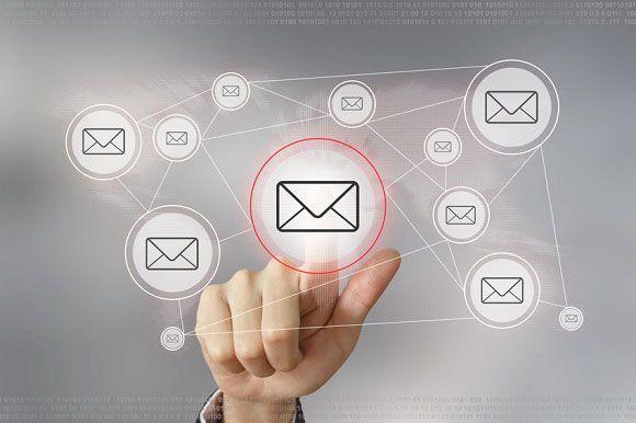 Múltiples páginas ganar dinero por abrir emails