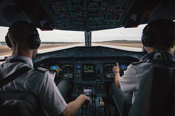 Trabajo piloto bien pagado